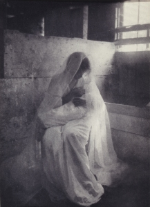2.2.2.x-collection-detail-kasebier-the_manger