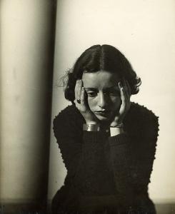 Lore-Kruger-Portrait-1938